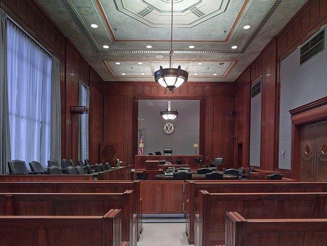 El TJUE declara la devolución total de los gastos hipotecarios al consumidor cuando se declare la existencia de cláusulas abusivas en concepto de gastos de constitución y cancelación de una hipoteca y cuestiona los gastos por comisión de apertura.